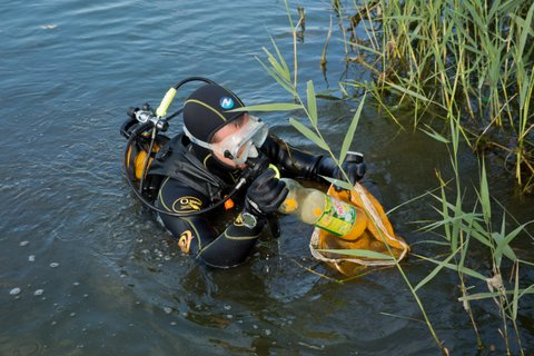 18 Nettoyage du lac de Viry
